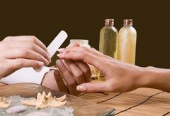 Домашний уход за ногтями: секреты маникюра