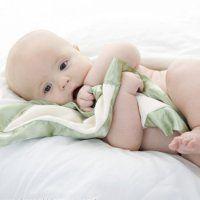Какво прави една пъпка на гърдите на детето?