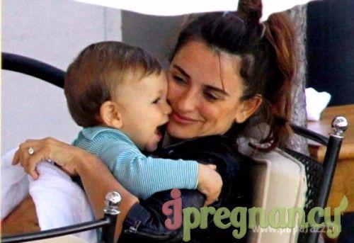 Primul-născut al Penelope și Javier