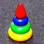 Piramida educațională pentru copii - atunci când un joc pentru toate vârstele