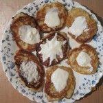 Cheesecakes cu mere și scorțișoară